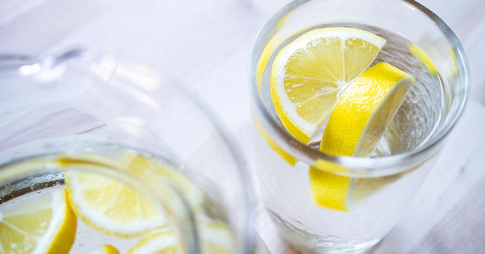 Topla voda sa limunom ujutro recept