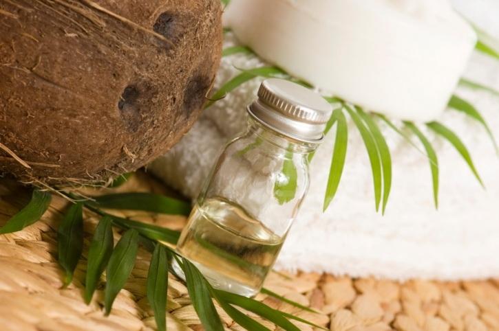 kokosovo ulje za kosu i lice