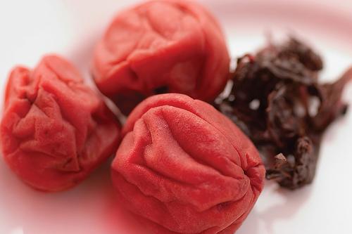 Japanska umeboši šljiva - lekovita svojstva i upotreba