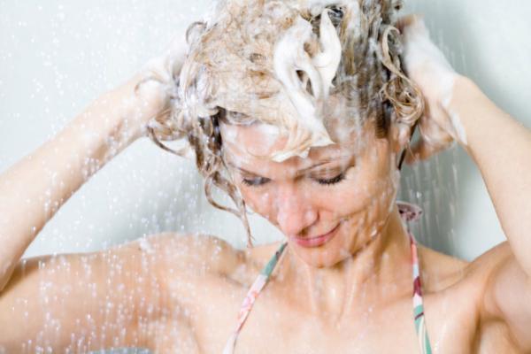 Najbolji prirodni šamponi za masnu kosu