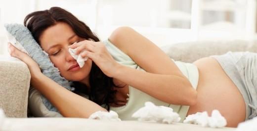 Prehlada i temperatura u trudnoći – uzroci, simptomi i lečenje